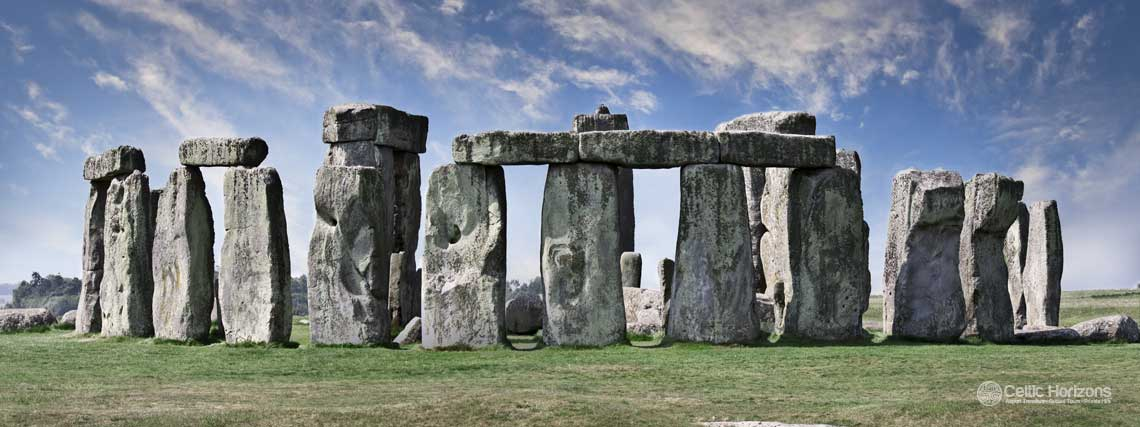 Stonehenge - guided taxi tours to Stonehenge from Bath and the West of England
