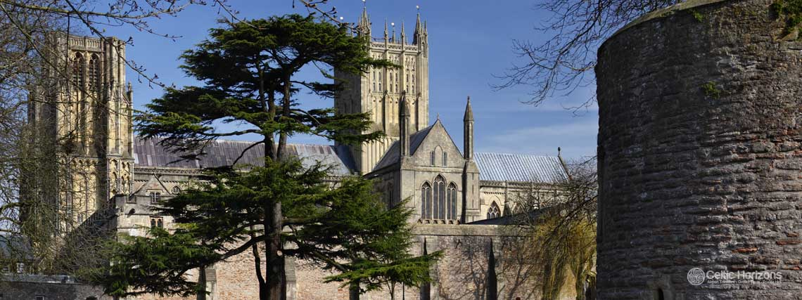 Wells - guided taxi tours to Wells from Bath and the West of England